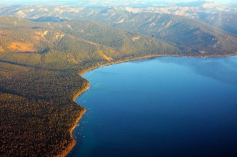 File:North Lake Tahoe Aerial photo D Ramey Logan.jpg