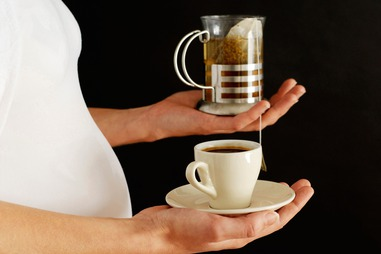 Kết quả hình ảnh cho Drinking tea or coffee during pregnancy REDUCES baby size even if you consume less than the 'safe' amount