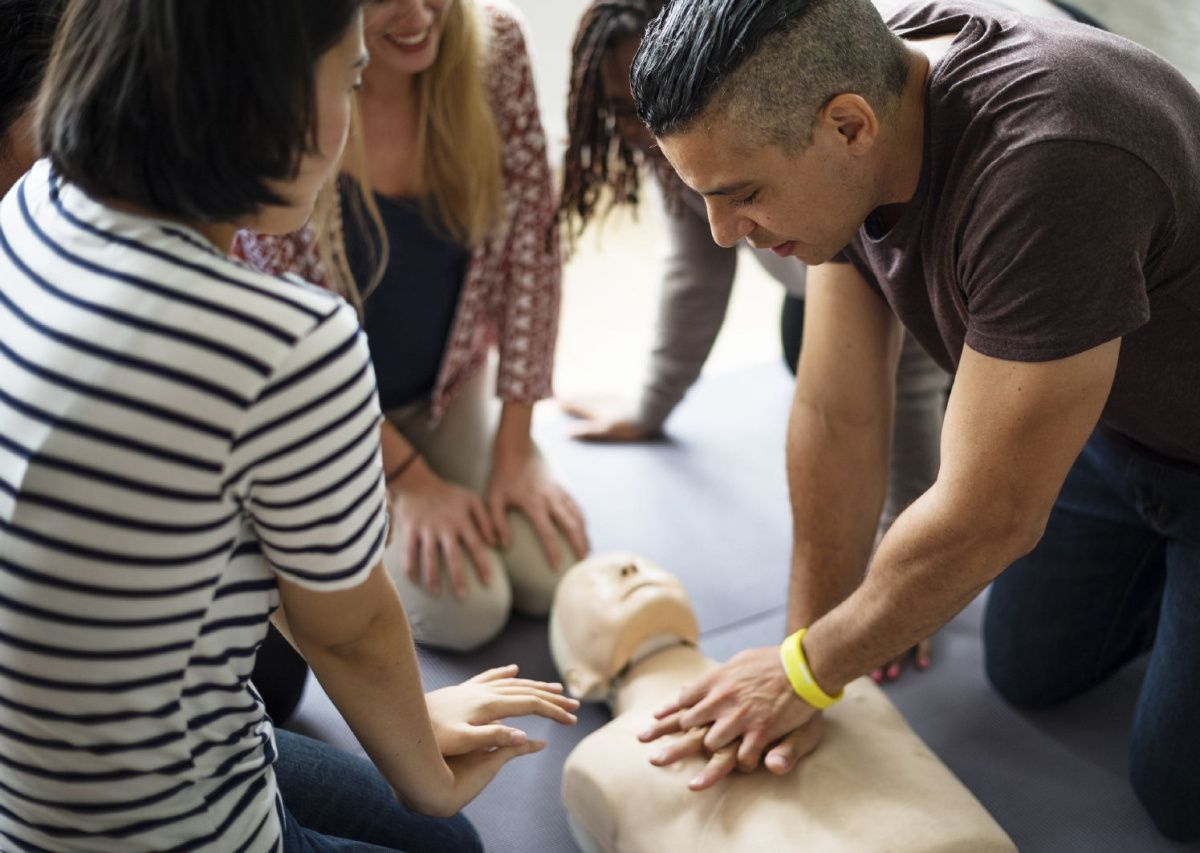Kết quả hình ảnh cho Women are more likely to die if they have a cardiac arrest in public 'because people fear performing CPR on them could be seen as sexual assault'