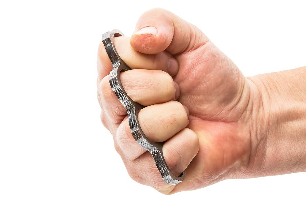 Kết quả hình ảnh cho It's now legal to carry brass knuckles in texas for 'self-defense'